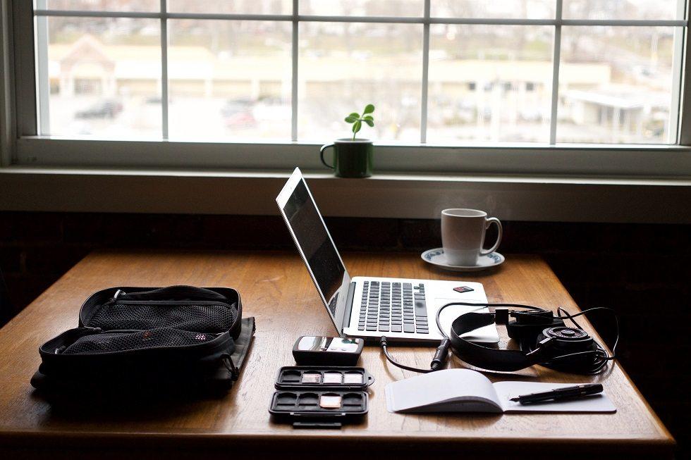 Nomazi digitali români: cine sunt ei și cum reușesc să călătorească mereu?